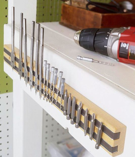 magnet-strip-to-hold-drill-bits
